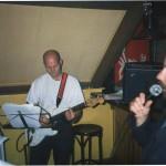 T-Beng in Café Op Zolder te Groningen tijdens feest t.g.v. van de promotie van de kersverse doctor E. Schut